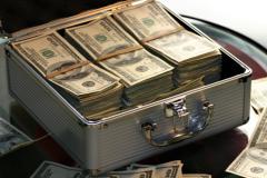 чемодан-с-долларами