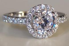 бриллиантовое-кольцо-3-карата